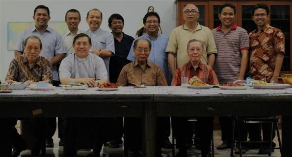 Karmelit Jakarta Bersama Mgr Henricus Pidyarto OCarm